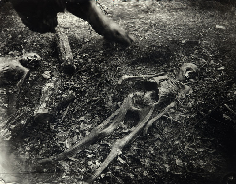 sally_mann_body_farm_bw_10